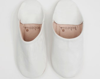 Women's White Leather Babouche    Traditional Moroccan Soft Leather Slippers    Hand Dyed With Natural Colour    White