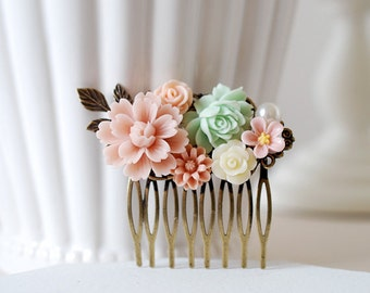 Mint and Pink Flowers Hair Comb, Mint Wedding Hair Comb, Floral Bridal hair comb, Leaf Hair Comb, Bridesmaid Hair Comb, Flower Girl Comb