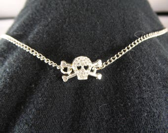 Sparkle Skull and Bones Pirate Rhignestone Necklace