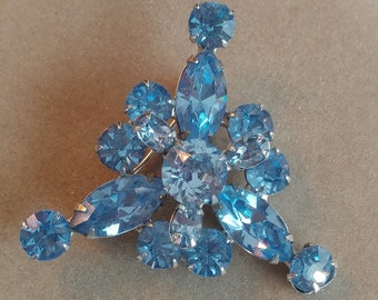 1960's Triangle Pin Brooch, silver tone, blue stones / rhinestones FREE SHIPPING