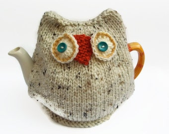 snowy  owl  tea cozy hand knitted tea cosy