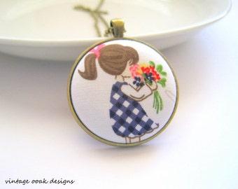 Button Statement Necklace, Button Necklace, Fabric Button Necklace, Button Jewelry, Whimsical Necklace,Bridesmaid Jewelry, Unique Necklace