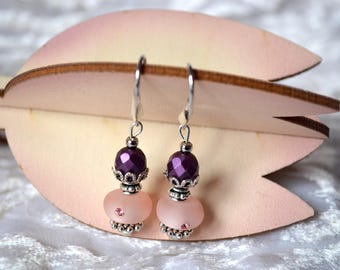 Pale pink pearl encrusted with 5 Swarovski rhinestones and faceted bead purple - St - Valentin Anniversaire - earrings