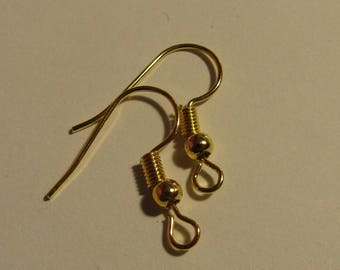set of 5 pairs of golden earrings