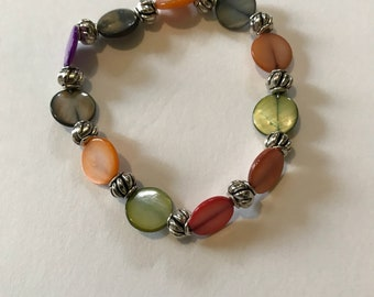 Dyed Mother of Pearl disc bead stretch bracelet