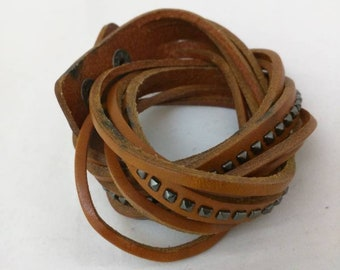 Leather bracelet - Wrap around bracelet