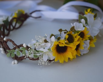 Sunflower Flower Crown - Rustic Bridal Halo- Sunflower Flower Girl Crown- Sunflower Hair Wreath- Fall Wedding Crown- Autumn Sunflower Photos