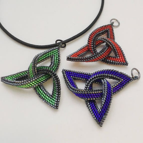Celtic Knot Triquetra pendant, hand beaded in Japanese glass cylinder beads