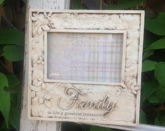 FAMILY is Life's Greatest TREASURE Picture Frame / 4 x 6 / Antique White Table Top or Hanging Picture Frame