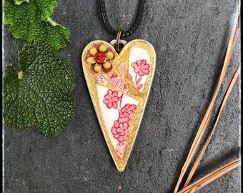 Mosaic jewelry, Hot Poppy, Free Shipping, spring gift, Mom gift, broken china jewelry, heart necklace, mosaic pendant, floral jewelry