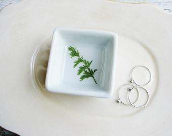 Green Fern Leaf Dish, Ring Dish, Floral Jewelry Holder, Small Organizer, Ceramic Ring Dish