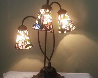 Hummingbird Lamp with Stained Glass Shades - Accent Lamp - Table Lamp