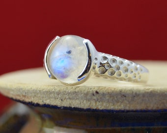 Round Moonstone and Sterling Silver dotted band ring size 11