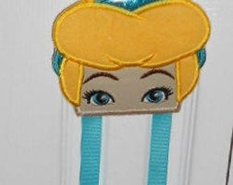 Bow holder, hair clip holder, Cinderella, Arial Little Mermaid, Jasmine, DracuLaura, Princess Puppy, Marie Arisocrat, Owlette,