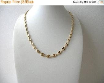 ON SALE Vintage Gold Tone 1980s Link Metal Necklace 5817