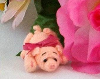 Thread Crochet Pattern - Crochet Pig Pattern - Miniature Pig - PDF Format