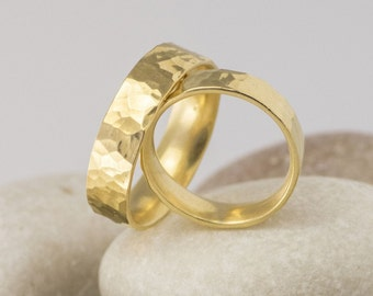 Gold hammered band, Custom Mens band, Womens band, Unique simple band, wedding gold ring, personalized band, forged band - Draill gold