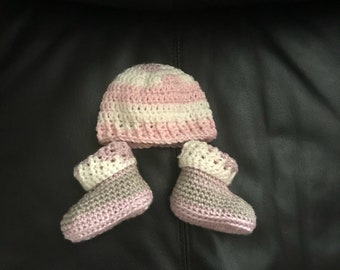 Cutest newborn baby girl hat and booties set