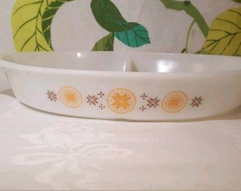 Vintage Pyrex Town And Country Divided Dish
