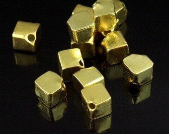 KG-062 thai karen hill tribe silver 6 gold vermeil plain cube bead