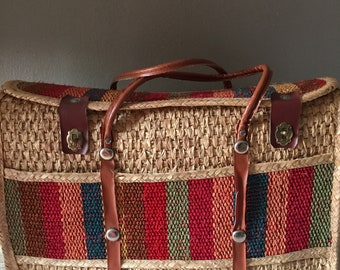 Lage straw purse with bright rainbow stripes on front, top and plastic handles / vintage spring, summer purse, carry-on, overnight bag