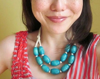 turquoise wooden bib necklace