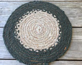 Braided Fabric Trivet - Dark Green & Beige (12 inches)