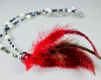 feather. Necklace. Boho. Agate stone. glass beads