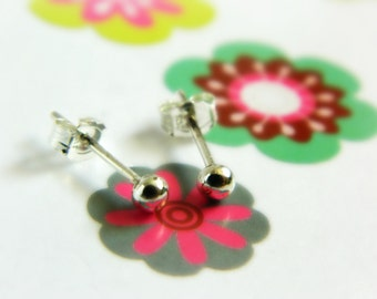 Sterling Silver Ball Earrings - Vintage / Tiny