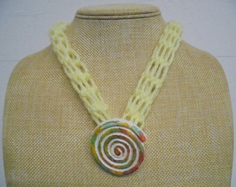 Necklace, long, with brooch / pendant crochet 50 cm