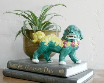 Green Foo Dog Statue, Colorul Foo Dog Figurine, Porcelain Fu Dog, Chinoiserie Home Decor, Shishi Temple Lion Guard Bookend Decorative Accent