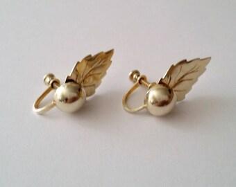 Vintage 925 Sterling Silver Leaf Screw Earrings