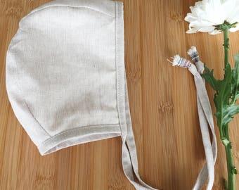 Linnen/Cotton baby bonnet// baby bonnet  // modern baby bonnet // baby hat //  // organic cotton bonnet