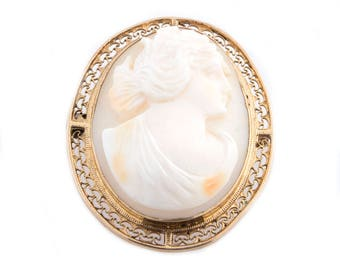 Gold Plated Shell Cameo Pin