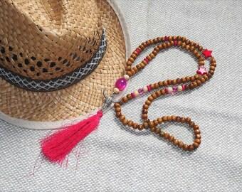 Mala necklace boho Bohemian long wood beads natural, fuschia pink tassel/Buffalo head