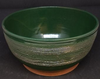 Forest Green / Hunter Green Medium Serving or Mixing Bowl, Banded and Textured ~ On Sale for Mother's Day!