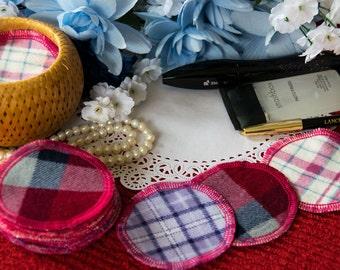 Plaid reusable facial scrubbies. Cosmetics removal rounds. Makeup Remover Pads. Cotton make up scrubs. Reusable makeup pads.