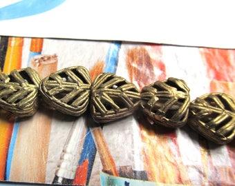 Bronze Tribal Beads, Filigree Brass Leaf, African Trade Bead, Fair Trade Bead, Bronze Triangle, Lost Wax, Ghana Brass Bead, 6 Pcs