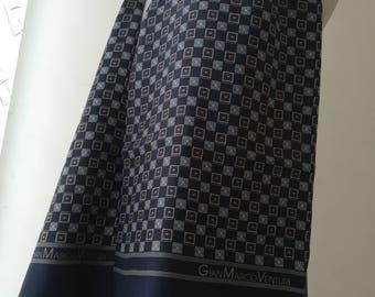 GianMarcoVenturi scarf for men in vintage silk.