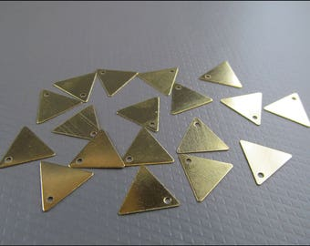 20 x triangle plate with hole, brass, A14