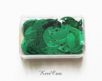 1 x sequins green Moon - 8 g sewing box