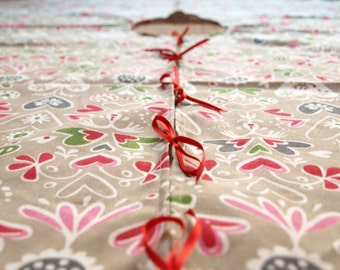 Christmas tree skirt beige brown red pink hearts Eco Friendly , napkins placemats runners pillows curtains available, eco GIFT