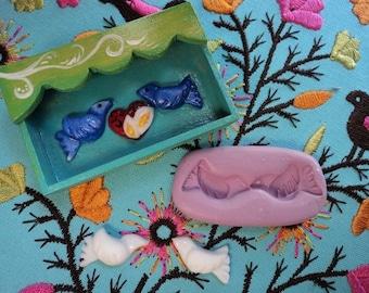 miniature paloma mold