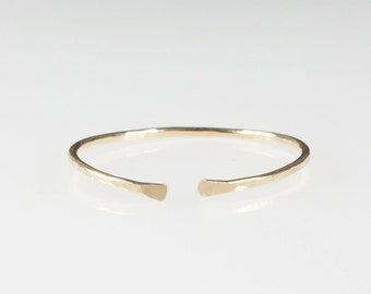 Thin Gold Ring, 14k Gold filled stacking ring, Thin gold band, Dainty ring, Hammered band, Cuff ring, Minimalist Jewellery Australia