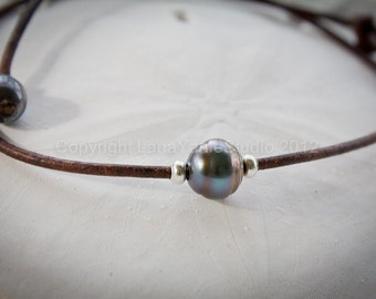 Tahitian pearl necklace - Tahitian pearl and leather necklace - leather and pearl necklace - pearl and leather necklace