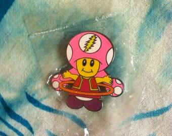 Hula hoop chick hat pin