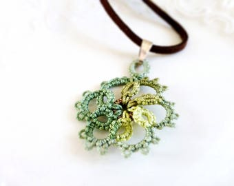Tatted necklace, tatted lace, tatted pendant necklace, velvet cord, green pendant, tatted jewelry, lace jewelry, gift idea, ready to ship