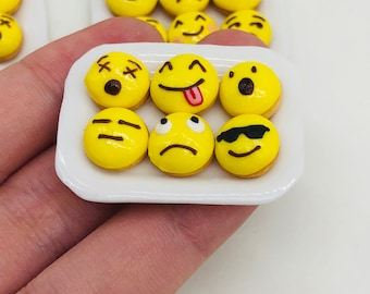 6 pieces Miniature Donuts Emoji on ceramic plate for Dollhouse