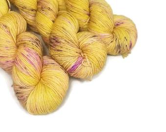 Hand Dyed Yarn 'Jumping Bean' - Sock Weight Tonal Speckled Yarn - 463yd/100g of 75/25 Merino/Nylon Superwash Yellow Green and Purple Yarn