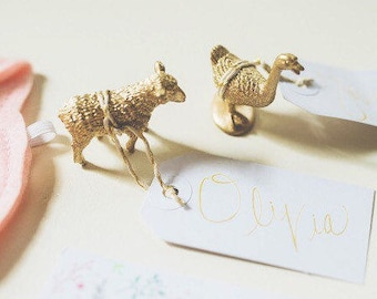 DISCOUNTED!! Current Stock of Gold Animal Place Card